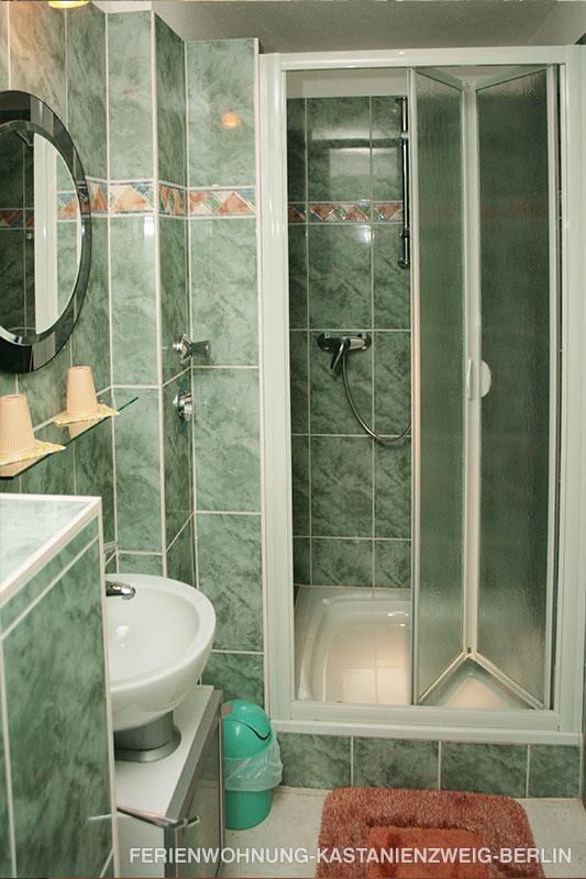 ferienwohnung kastanienzweig berlin lichterfelde s d. Black Bedroom Furniture Sets. Home Design Ideas